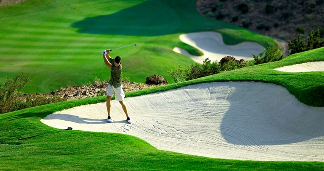 DIAMOND BAY GOLF - A TRUE GOLFER'S PARADISE.