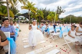 Đám cưới trên biển