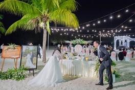 Đám cưới trên bãi biển - 22